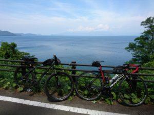 自転車と風景の画像