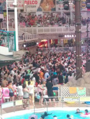 フラダンス観客席画像